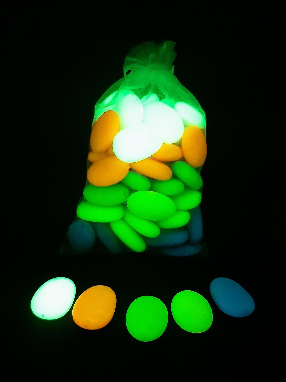 Piedras flúor luminiscentes